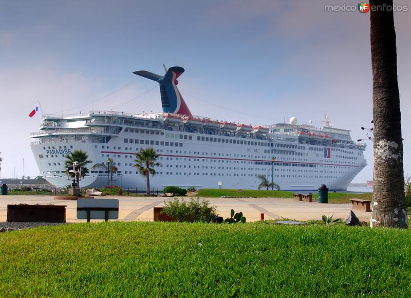 Crucero panameño Paradise