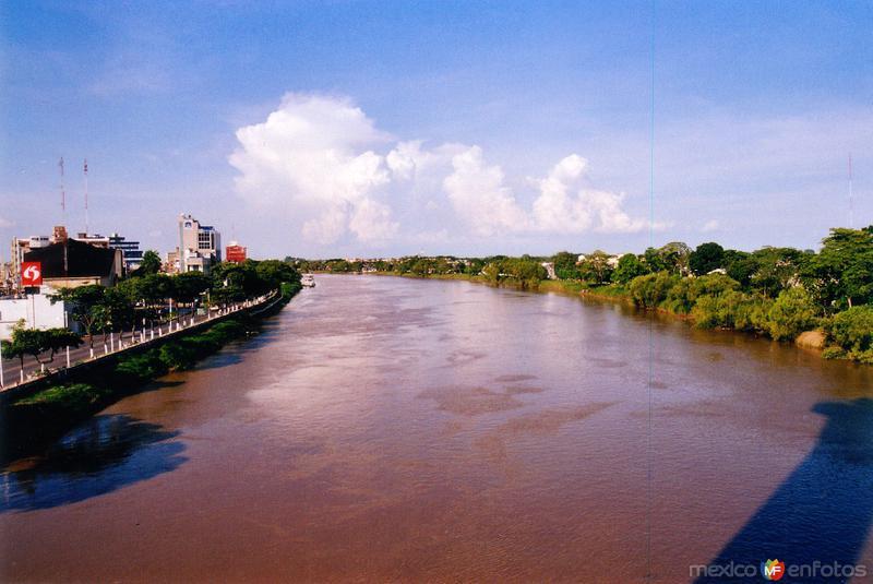 Fotos de Villahermosa, Tabasco, M�xico: R�o Grijalva