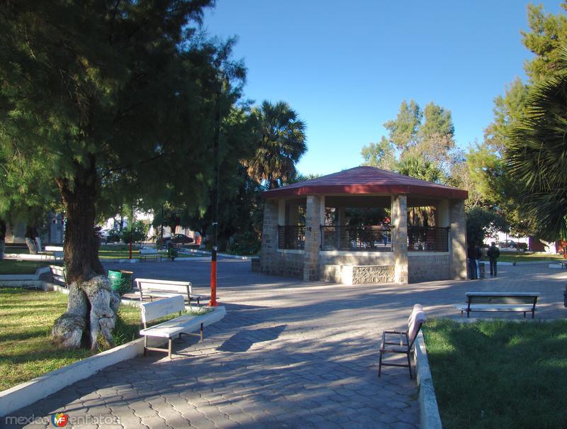 Fotos de Melchor M�zquiz, Coahuila, M�xico: Plaza Principal
