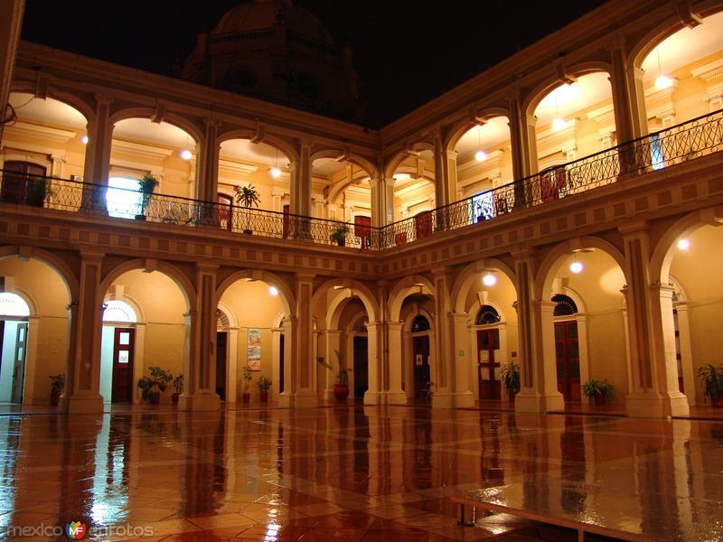 Palacio de gobierno del estado de colima colima colima for Gobierno interior