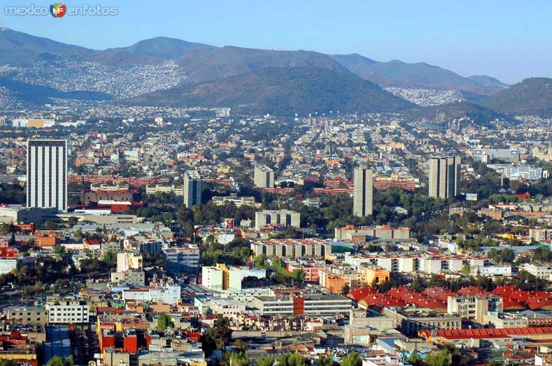 Vista hacia Tlatelolco