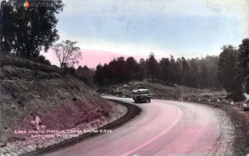 Fotos de Zit�cuaro, Michoac�n, M�xico: Carretera M�xico - Morelia. Tramo Molino Viejo