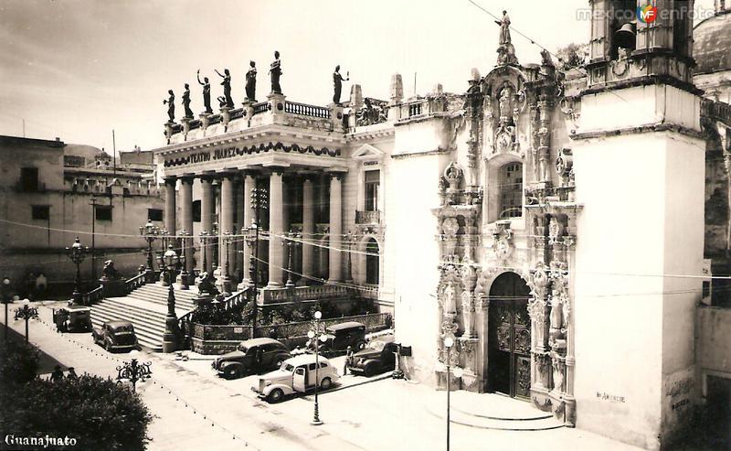 Teatro Juárez y Templo de San Diego