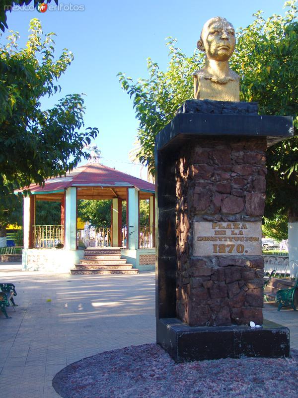 Fotos de Meoqui, Chihuahua, M�xico: Monumento a Pedro Meoqui