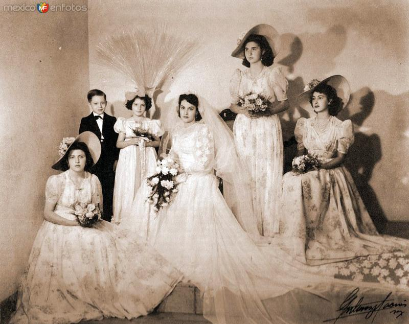 Boda de J. Luis Moctezuma Barragán y Gertrudis Arvizu (1943)