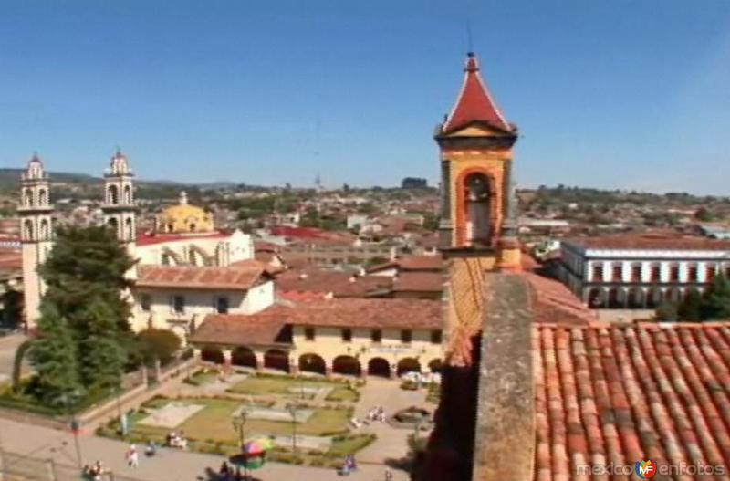 Panoramica de la plaza central