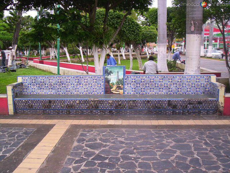 Fotos de Poza Rica, Veracruz, México: Banca en el Parque Juárez