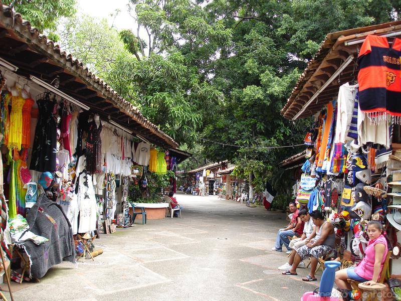 Mercado Isla Cuale