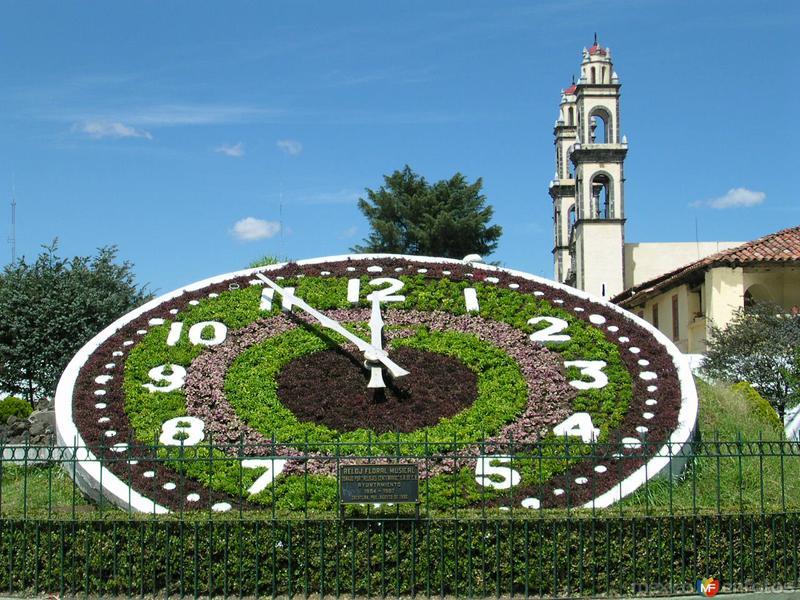 Reloj y Parroquia de Zacatlán