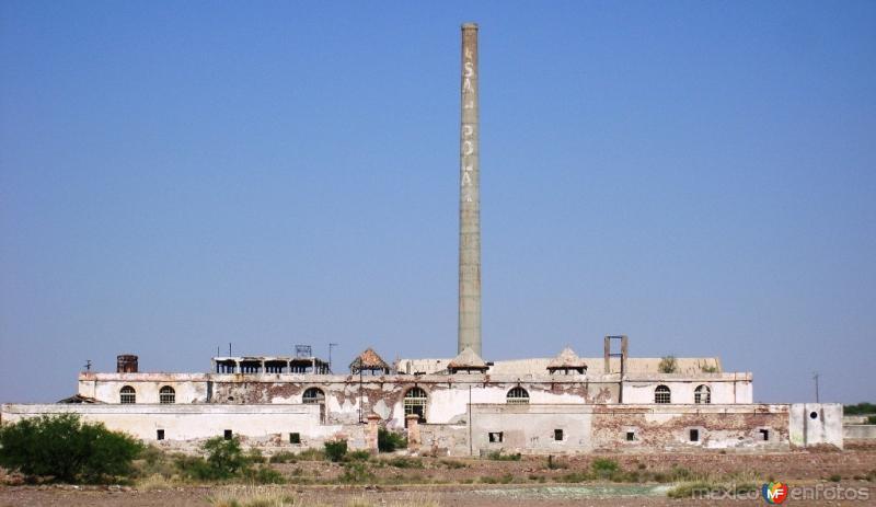 Fotos de Salinas, San Luis Potos�, M�xico: Calderas en ruinas