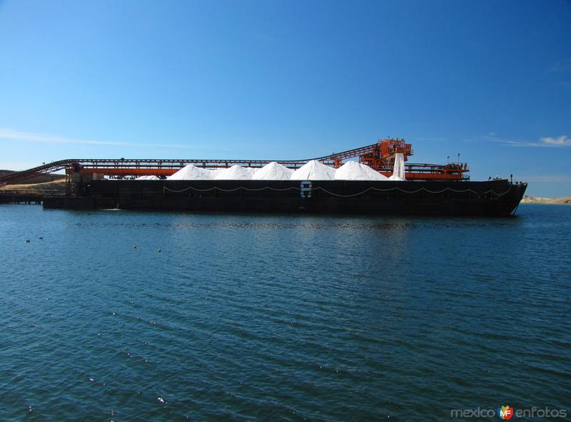 Transportación de la sal en barco