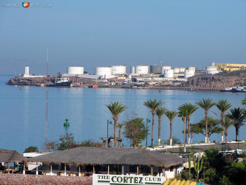 Depósito de combustible de Punta Prieta