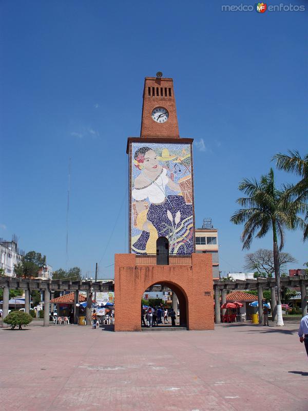 reloj del parque independencia de cardenas tabasco mexico