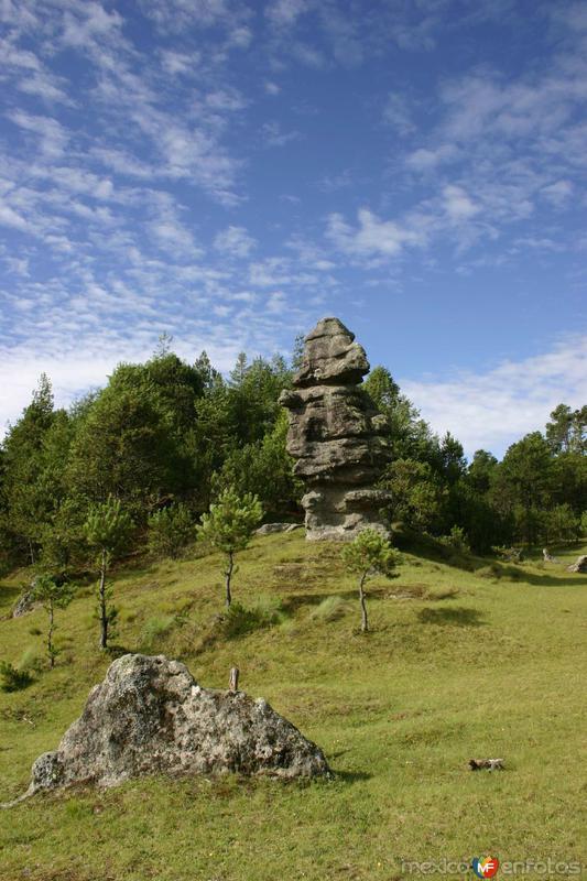 Fotos de Zacatl�n, Puebla, M�xico: Piedras Encimadas -Zacatl�n