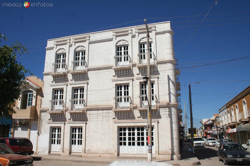 Edificio del centro de Tecuala