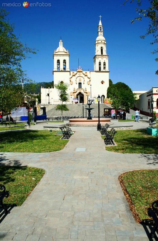 Fotos de Santiago, Nuevo Le�n, M�xico: REMODELACION TOTAL DE PLAZA OCAMPO (2010)
