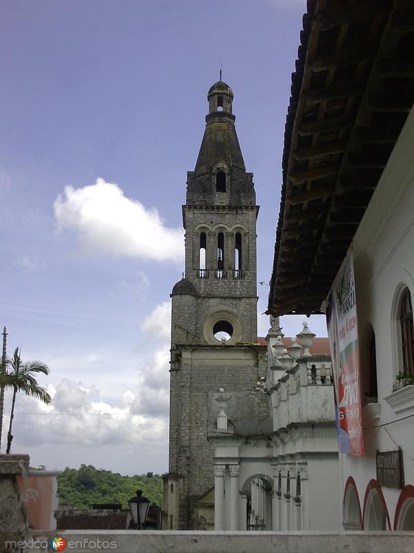 Torre religiosa
