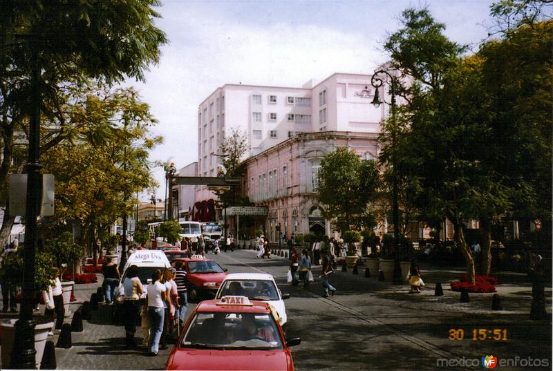 Av. Francisco I. Madero y Hotel Francia. Aguascalientes, Aguascalientes