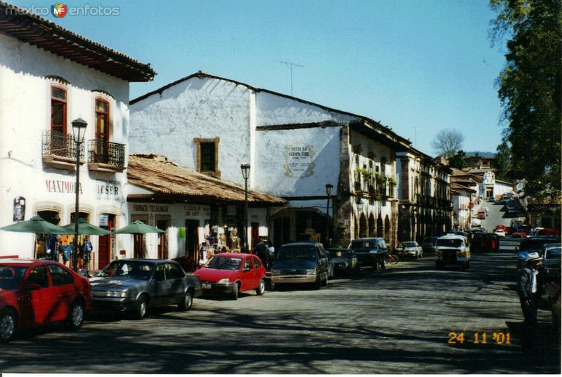 Arquitectura típica en el centro de la ciudad de Pátzcuaro, Michoacán