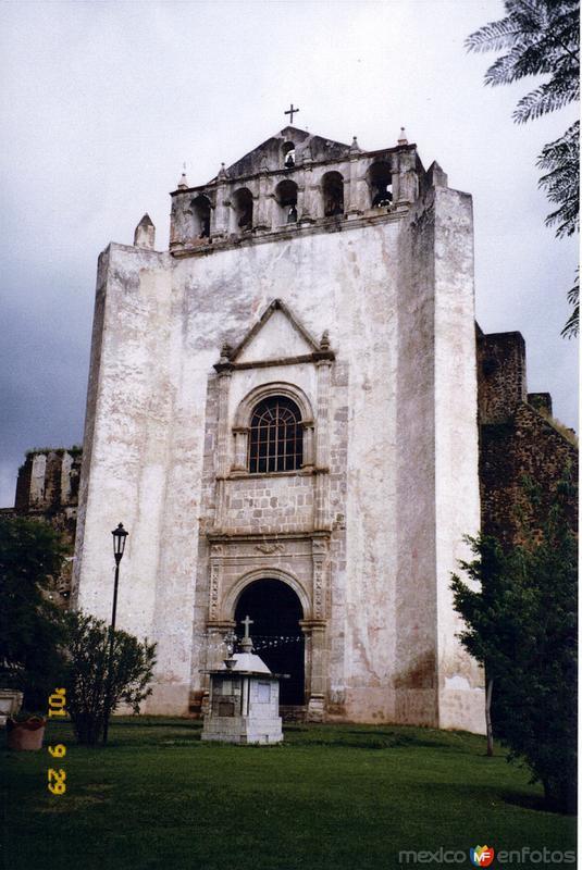 Fotos de Tlayacapan, Morelos, M�xico: Ex-convento agustino de San Ju�n Bautista, siglo XVI. Tlayacapan, Morelos