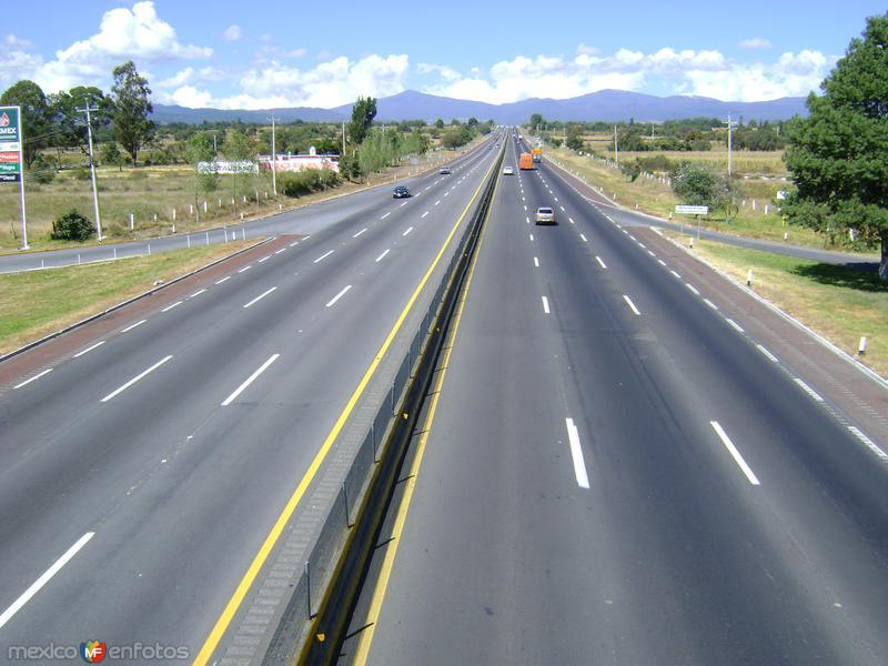 Autopista México-Puebla. Tlanalapa, Puebla
