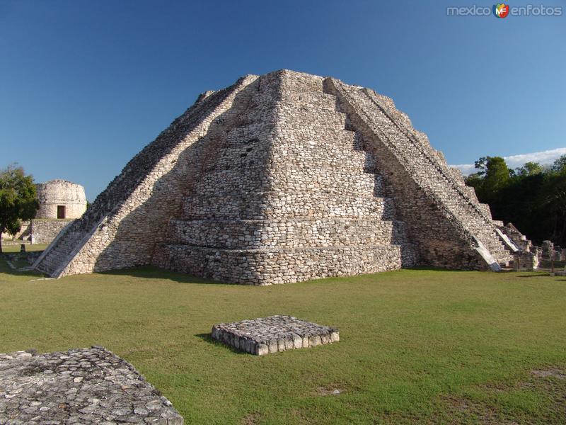 Fotos de Mayap�n, Yucat�n, M�xico: El Castillo de Kukulk�n