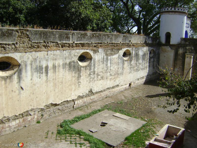 """Antigüos """"lavaderos"""" y ruinas del casco de la Ex-hacienda de Chautla, Puebla"""