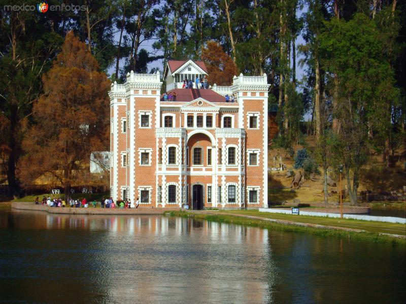 """Ex-Hacienda de Chautla, """"El Castillo"""". Edo. de Puebla. 2011"""