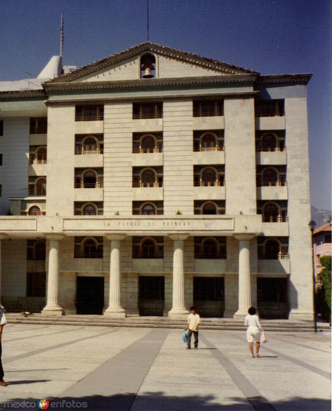 Fotos de Chilpancingo, Guerrero, M�xico: Actual Palacio de Gobierno. Chilpancingo, Gro. 1995