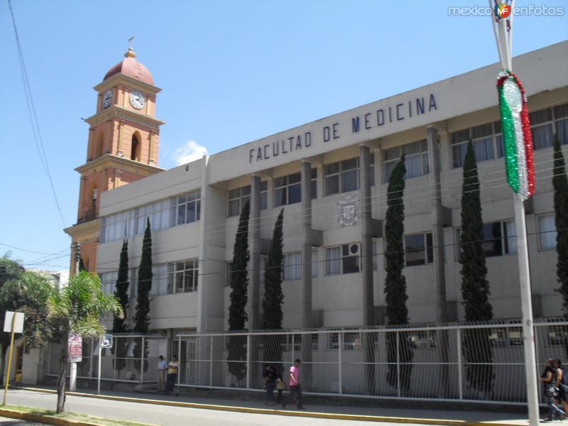 Pictures of Ciudad Mendoza, Veracruz, Mexico: La facultad de Medicina