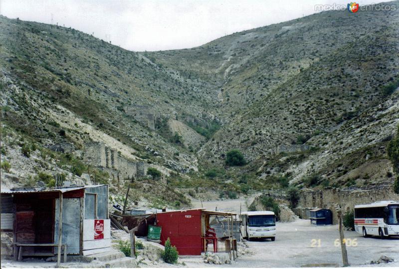Pueblo fantasma de Mineral de Santa Ana, San Luis Potosí. 2006