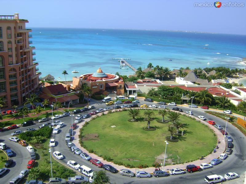 Vista de Punta Cancún desde el Hotel Hyatt. Abril/2011