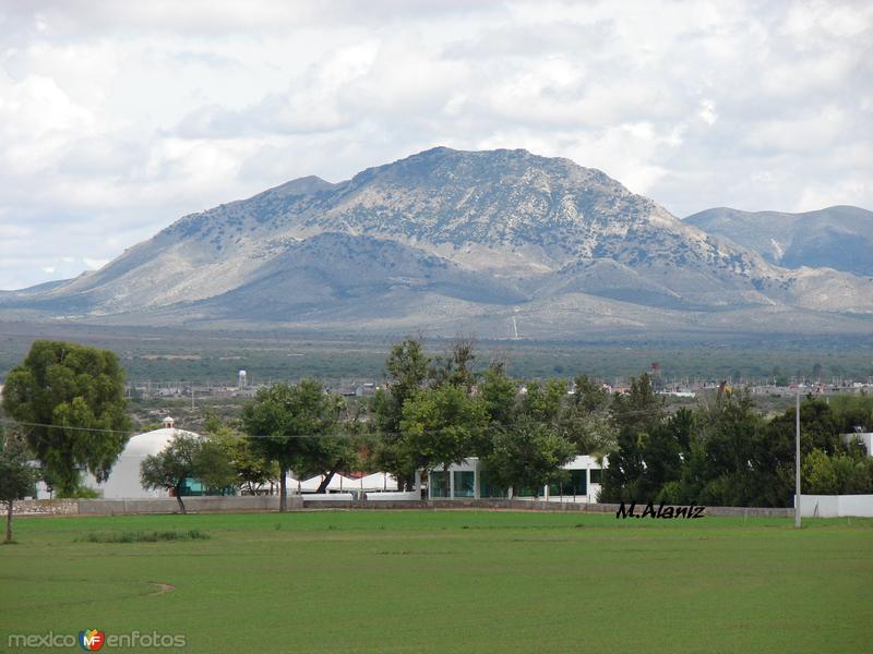 el cerro del peñon desde el rancho mas conocido como la estancia