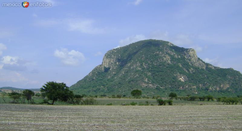 """Vista del Cerro """"El Chumil"""". Jantetelco, Morelos. Junio/2011"""