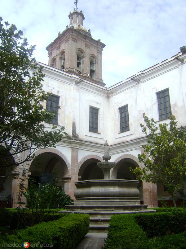 Fuente y Claustro del Ex-convento del Pueblito. Octubre/2011