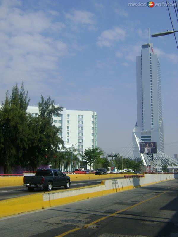 Hotel Riu y el Blvd. López Mateos. Guadalajara. Octubre/2011