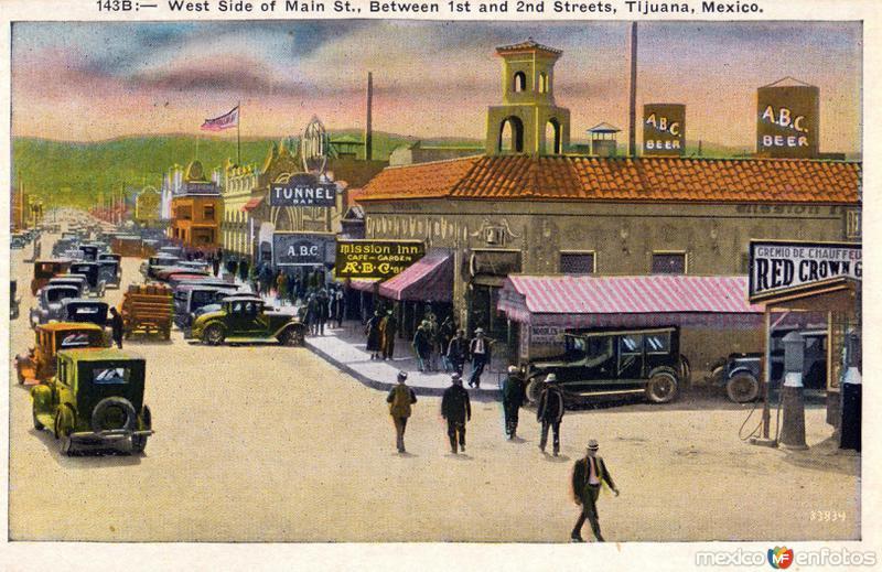 Vista Poniente de la Calle Principal, entre las calles 1a. y 2a.