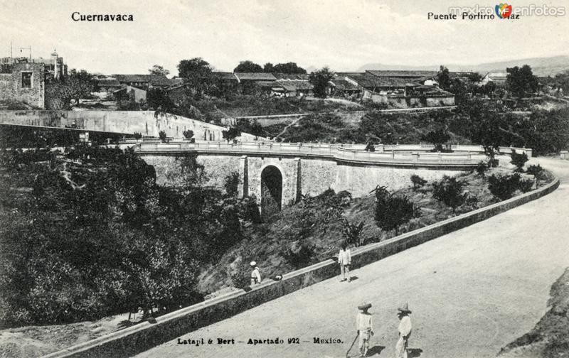 Puente Porfirio Díaz (blanco y negro)