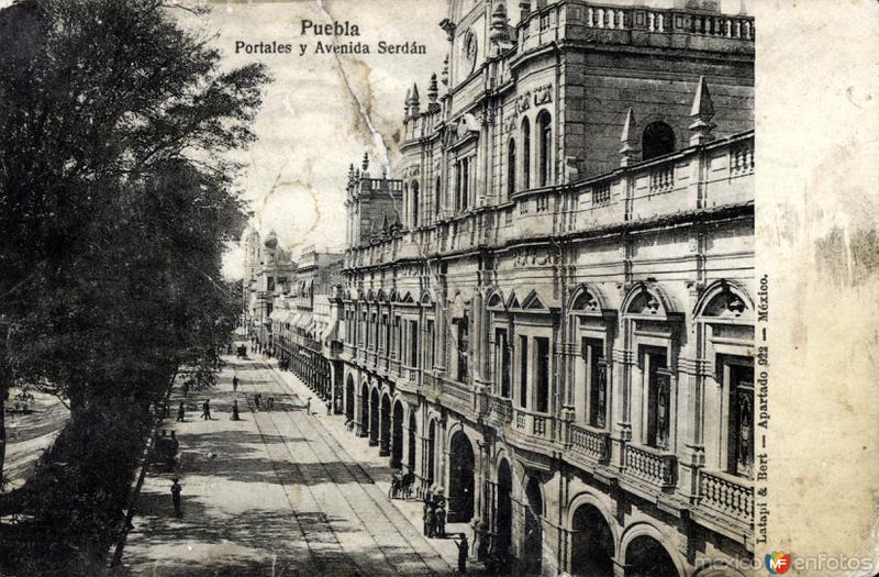 Fotos de Puebla, Puebla, México: Portales y Ave Serdán