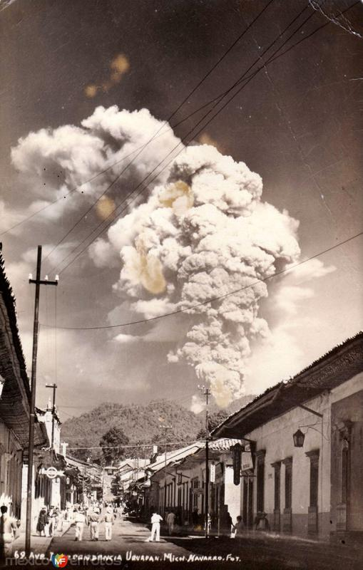 Ave. Independencia y volcán Paricutín