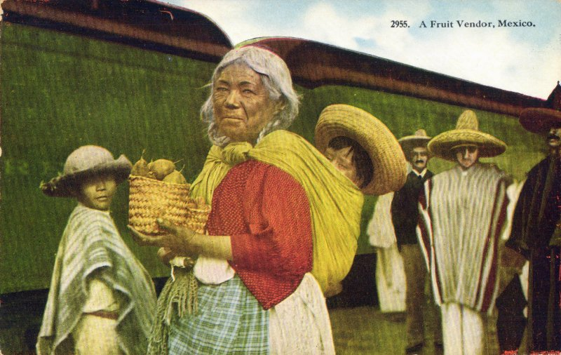 Fotos de , , M�xico: Vendedora de frutas