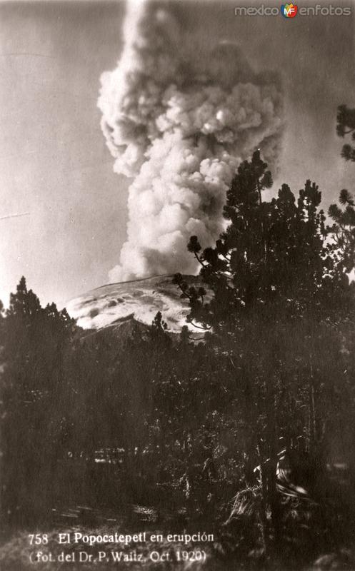 El Popocatépetl en erupción (foto del Dr. P. Waitz, Oct. 1920)
