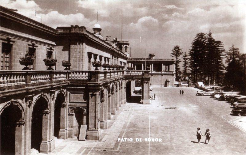Patio de Honor. Castillo de Chapultepec