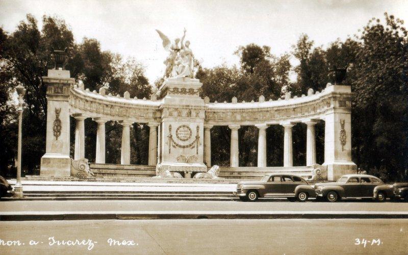 Fotos de Ciudad de M�xico, Distrito Federal, M�xico: Hemiciclo a Ju�rez