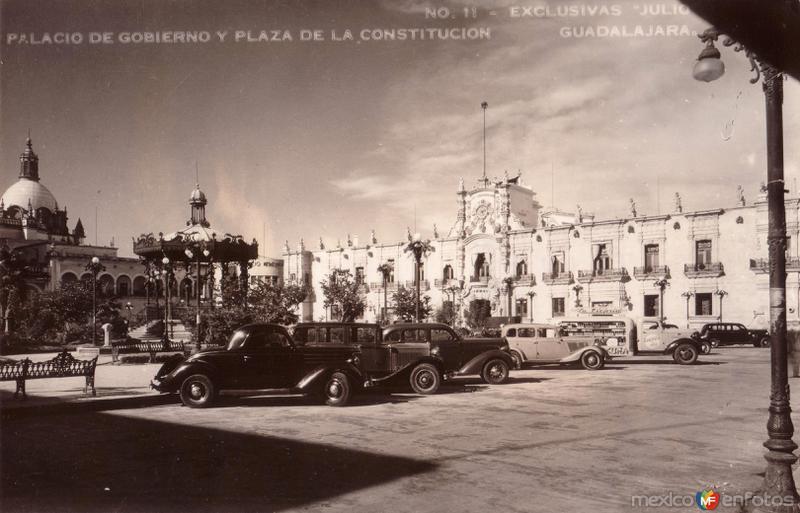Placio de Gobierno y Plaza de La Constitución
