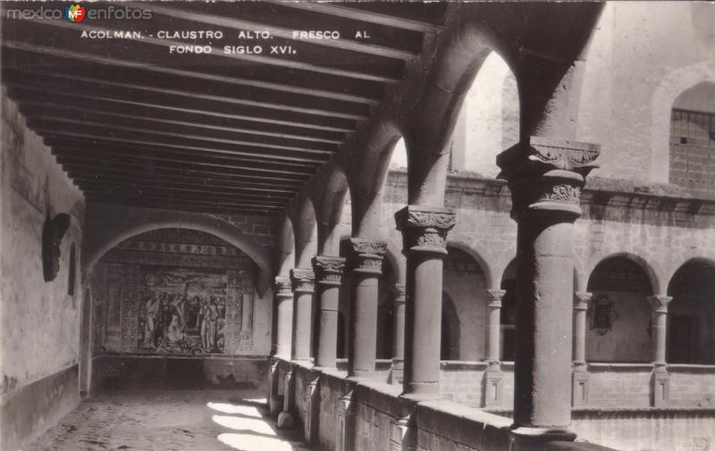 Claustro alto. Fresco al fondo del Siglo XVI