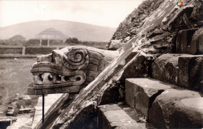 Fotos de Teotihuacán, México, México: Detalle del Templo de Quetzalcoatl