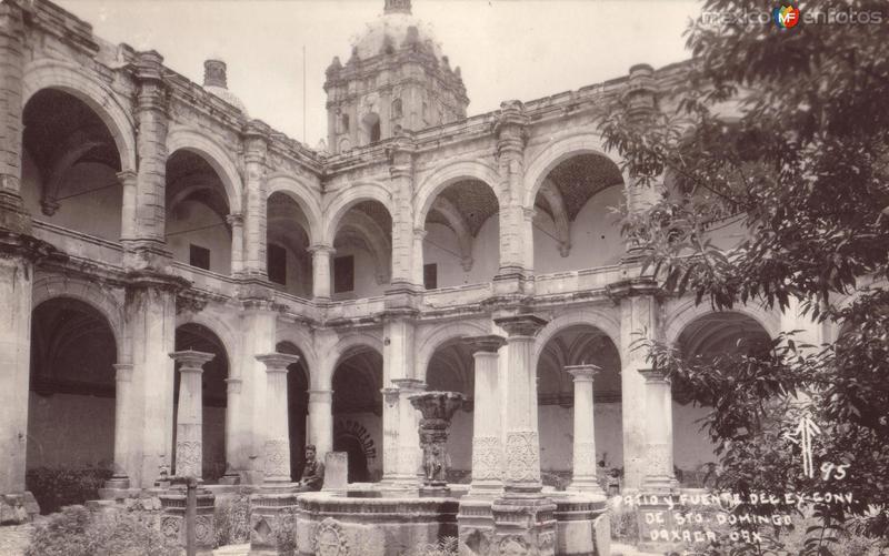 Patio y Fuente del Ex Convento de Santo Domingo