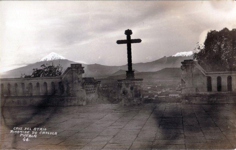 Cruz del Atrio. Pirámide de Cholula