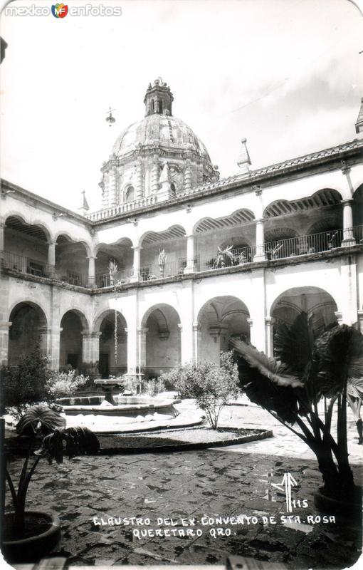 Claustro del Ex Convento de Santa Rosa